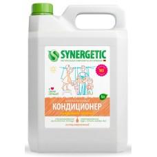 Synergetic Кондиционер для белья Миндальное молочко, 5 л